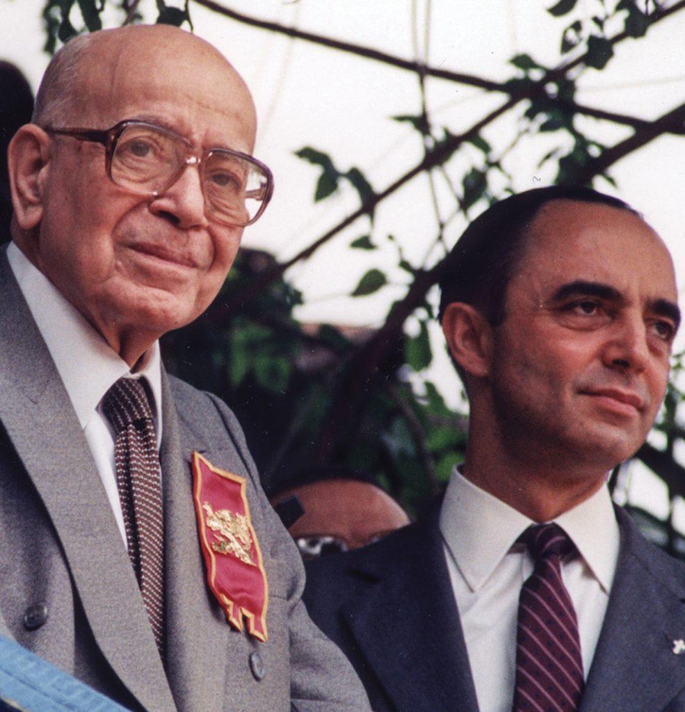 Mons. João con el Doctor Plinio Corrêa de Oliveira